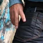 На джинсах WTFJeans V2 есть специальный карман для смартфонов