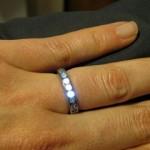 Алмазное обручальное кольцо со светодиодной подсветкой