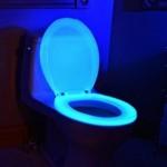 NightGlow: светящееся в темноте сиденье для унитаза
