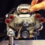 Самый маленький в мире бензиновый V8 двигатель с инжектором