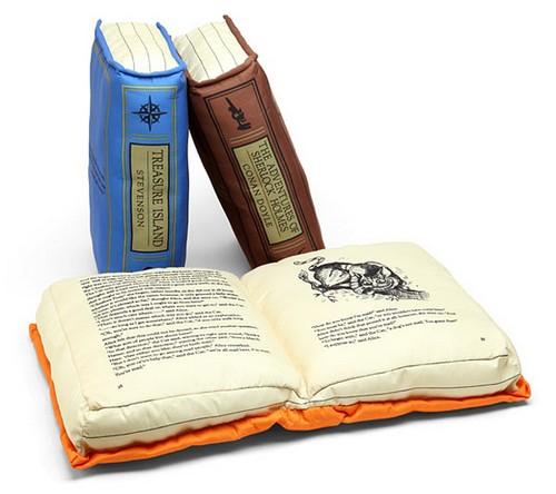 http://ok-gadgets.net/wp-content/uploads/2014/05/Olde-Book-Pillow-Classics.jpg