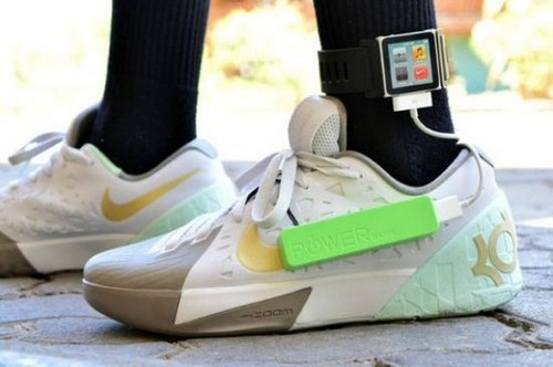 Mobile device charging shoe Angelo Casimiro
