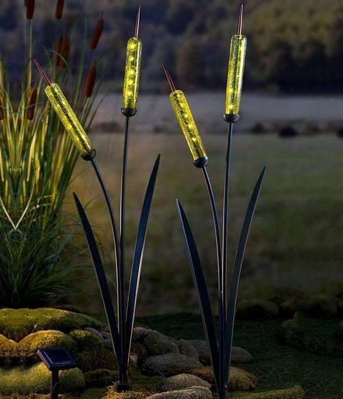 solar-cattail-garden-stake