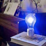 Левитирующая лампочка для рабочего стола
