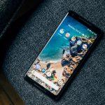 Google Pixel 2 XL возникли новые проблемы с экраном, который не реагирует на нажатия пальцев по краям