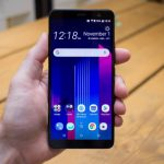 HTC собираются выпустить смартфон начального уровня с полноэкранным дизайном HTC Desire 12