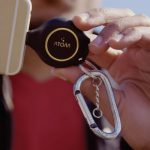 Atom XS – внешний аккумулятор – брелок для аварийной зарядки смартфона в походных условиях
