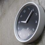 Настенные часы Amazon Echo Wall Clock с умным голосовым помощником Alex стоят 30$