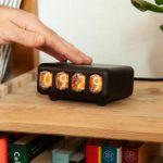 Nixie Tap — ретро часы на газоразрядными лампами в минималистичном стиле