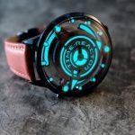 Time Reactor — часы со светящимся циферблатом в виде реактора НЛО