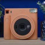 FUJIFILM  выпустили камеру Instax SQUARE SQ1 поддерживающую  мгновенную печать фотографий