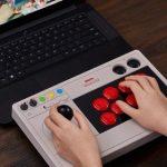8BitDo Arcade Stick –  геймпад в стиле аркадных автоматов для компьютера и Nintendo Switch